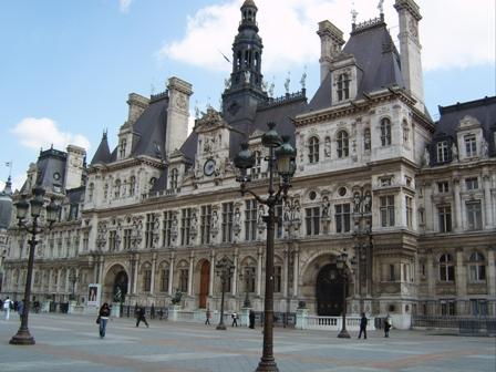 Paris inaugure, le 14 avril, la très controversée promenade Ben-Gourion sur les quais de la Seine, face au musée du quai Branly.