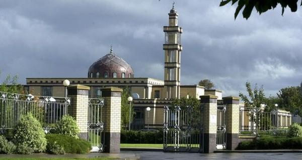 La mosquée Clonskeagh à Dublin a annoncé qu'elle ouvre ses portes aux SDF pour les protéger du grand froid qui frappe l'Irlande et l'Europe.