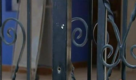 Une trentaine d'impacts de balles sur la mosquée Ar-Rahma, à Istres. Un rassemblement est prévu pour ce vendredi 30 avril devant la mosquée. La plupart des réactions des politiques restent, pour le moment, tièdes et de convenance.