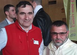 Père Régis Charre et Mourad Merabet. © Damien Charveriat.