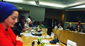 Maryam H'madoun, chargée de mission à l'Open Society (au premier plan).
