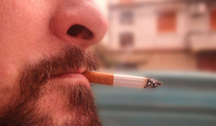 Loubna : « Même après un cancer, mon mari fume encore »