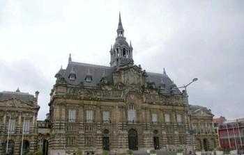 Mairie de Roubaix (Nord). Les musulmans forment la plus importante minorité de la ville.