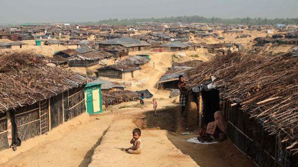 Avec la mousson, un Ramadan laborieux pour les Rohingyas du Bangladesh
