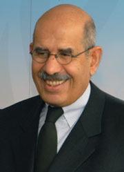 Mohamed El Baradei, ex-directeur général de l'Agence internationale de l'énergie atomique (AIEA), a reçu le prix Nobel pour la paix en 2005.
