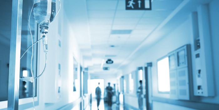 Un appel à témoignages sur le racisme et les discriminations dans le monde médical lancé