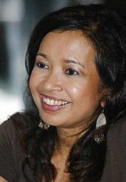 Marina Mahathir : « Il n'y a pas d'obstacle à ce que des femmes siègent dans les tribunaux de la charia. »