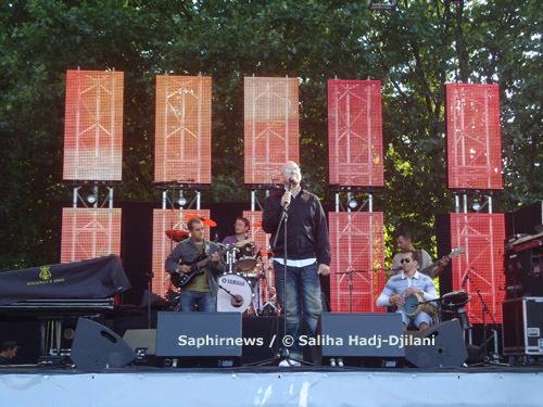 Cheb Bilal, en concert au Grand Ramdan du Parc de la Villette, le 28 août 2010.
