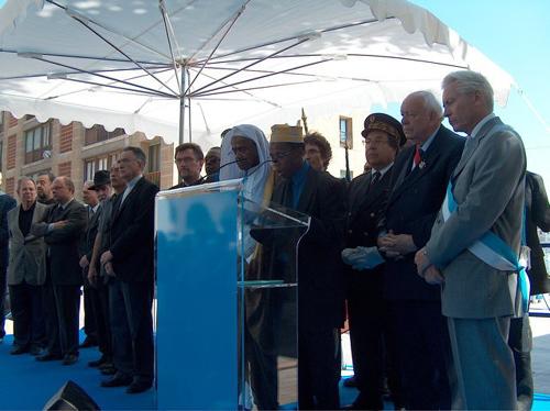 Saïd Mohamed Cheikh Dahnoune, ici au centre (avec le keffieh blanc), une figure locale de la communauté musulmane de Marseille, nous a quittés mercredi 15 septembre.