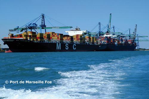 Avec 178 M€ de chiffre d'affaires en 2009, Marseille-Fos est le 1er port de France et de Méditerranée, le 4e port européen et le 3e port mondial en pétrochimie.