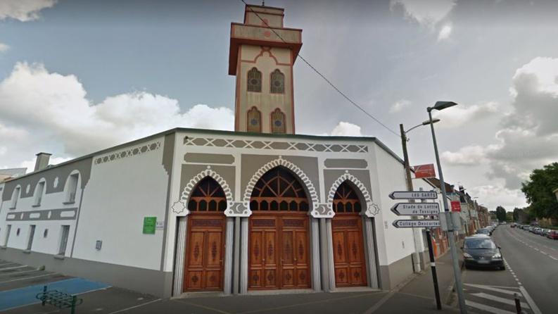 Nord : une mosquée de Mons-en-Baroeul visée par une voiture-bélier