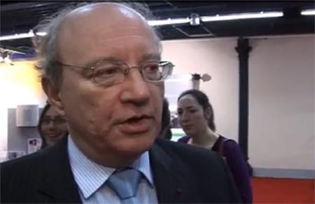 Daniel Canepa, préfet de la Région Île-de-France : « Le nombre de marchés au vif augmente de 60 %, passant de 12 à 20 en 2010 ; et sont le plus souvent annexés au site d'abattage. »