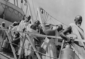 Les pèlerins d'Inde accostant à Jeddah en 1940. Royal Geographical Society/Gerald de Gaury