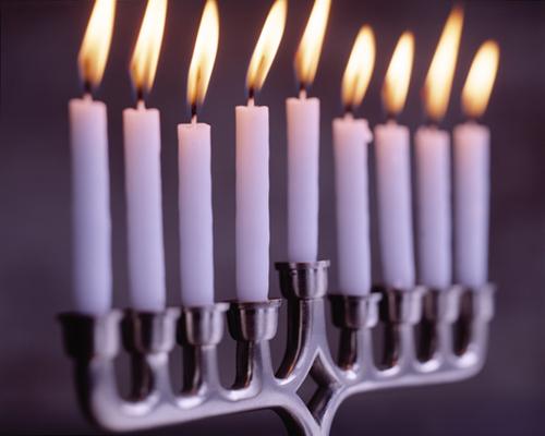 Rabbin Prosper Abenaïm : « Hanoukka, fête des lumières, prend une dimension plus que nationale »