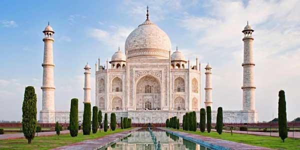 La mosquée du Taj Mahal fermée pour les prières quotidiennes