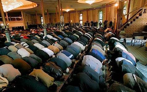 Mosquées : à 2,1 ou 5 millions, les musulmans manquent toujours de places