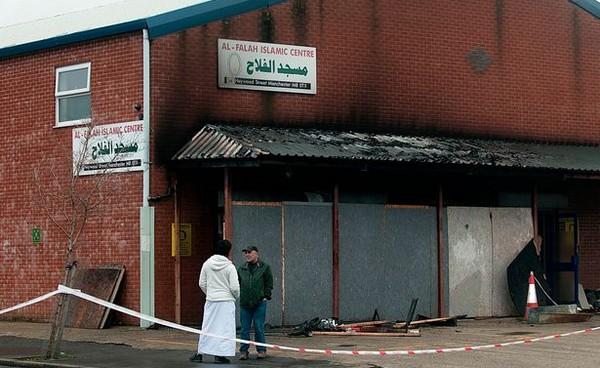 Manchester : une mosquée victime d'un incendie criminel