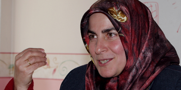 Fatma Bostan Unsal est l'une des intellectuelles engagées pour la candidature de femmes voilées aux prochaines législatives de juin.