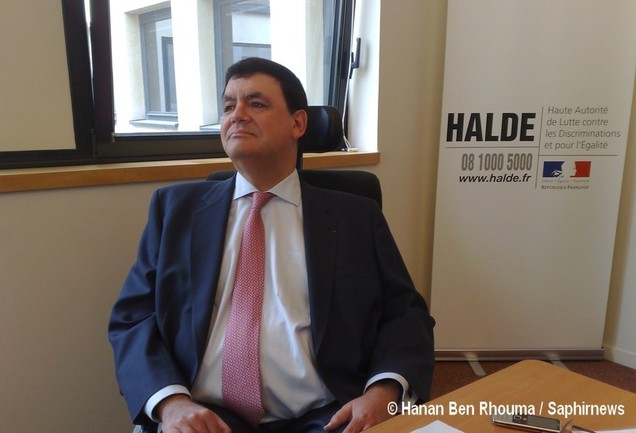 Eric Molinié, président de la HALDE, lors de la présentation à la presse du dernier rapport annuel de l'institution avant sa disparition annoncée