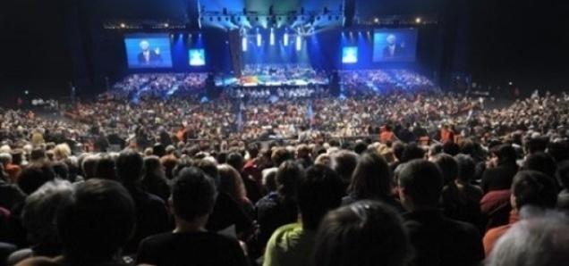 Environ 10 000 protestants s'étaient réunis en 2009 au Zénith de Strasbourg pour célébrer leur culte. On estime leur nombre, tous courants confondus, à 1,2 millions de personnes, faisant du protestantisme la troisième religion de France.