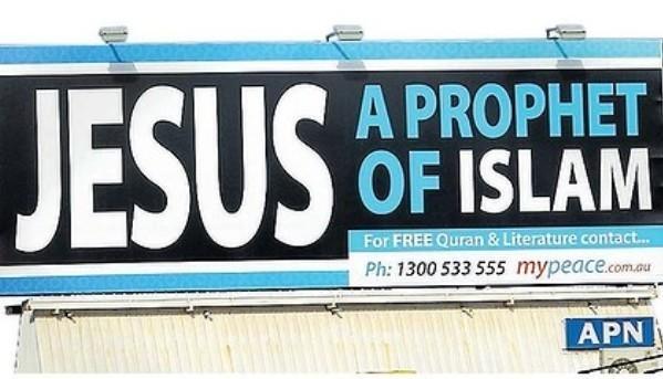L'initiative en Australie de MyPeace a provoqué une controverse auprès d'une partie de la communauté chrétienne du pays.
