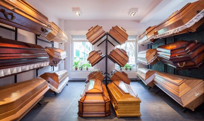 Pompes funèbres : alerte sur un marché qui a davantage « bénéficié aux opérateurs qu'aux familles endeuillées »