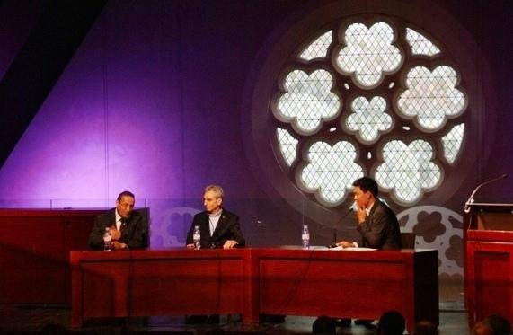 La projection de « Tareq Oubrou : un imam dans tous ses états » s'est tenu le 22 juin au Collège des Bernardins en présence du principal intéressé (à g.).