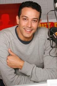 Younès Boumehdi, Hit Radio