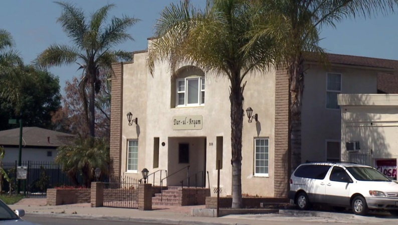 USA : une mosquée de Californie visée par un incendie criminel