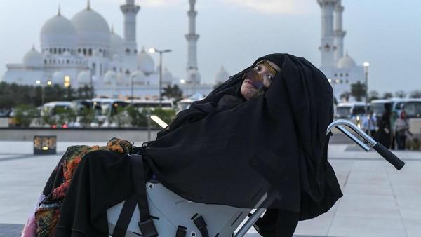 Mounira Abdulla a repris connaissance en mai 2018 après 27 années passées dans le coma. © The National