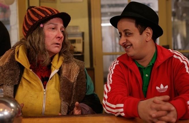 Josiane Balasko et Booder dans « Beur sur la ville » de Djamel Bensalah.