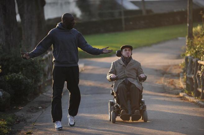 Intouchables, d'Eric Tolédano et Olivier Nakache, la comédie 2011 à ne pas manquer.  (photo : © 2011 Gaumont - Quad / Thierry Valletoux)