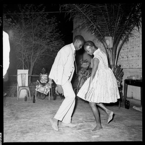 © Malick Sidibé, Nuit de Noël1963.