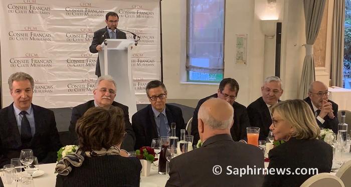 Le ministre de l'Intérieur Christophe Castaner a brillé par son absence à l'iftar du CFCM organisé mardi 28 mai, poussant son président Ahmet Ogras à contre-attaquer.