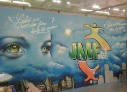 Fresque réalisée par les jeunes au cours d'ateliers de graff.