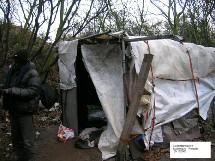 Réfugiés à Loon-Plage le 20/12/05. Photo du MRAP de Dunkerque