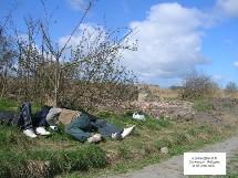 Réfugiés dormant à même le sol. Photo prise par le Mrap Dunkerque le O5/04/06