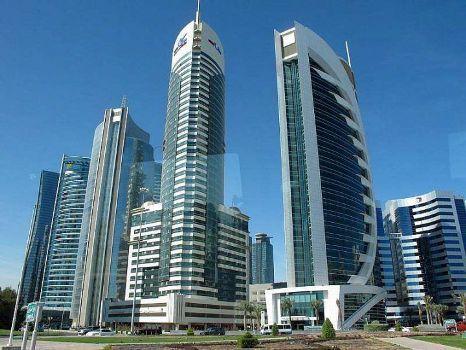 Le Qatar investit les banlieues françaises grâce à un fonds de 50 millions d'euros.