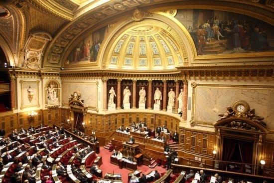 La majorité des sénateurs néerlandais ont annoncé qu'ils voteront le 20 décembre contre le projet de loi visant à rendre obligatoire l'étourdissement préalable pour tout abattage, même religieux.
