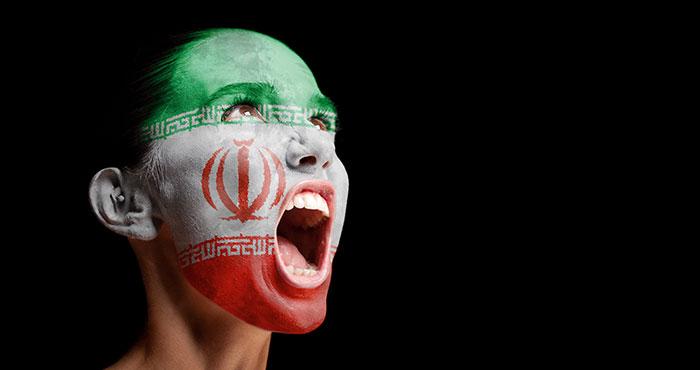 Iran : les femmes contestant le port obligatoire du voile victimes d'une « campagne cruelle »