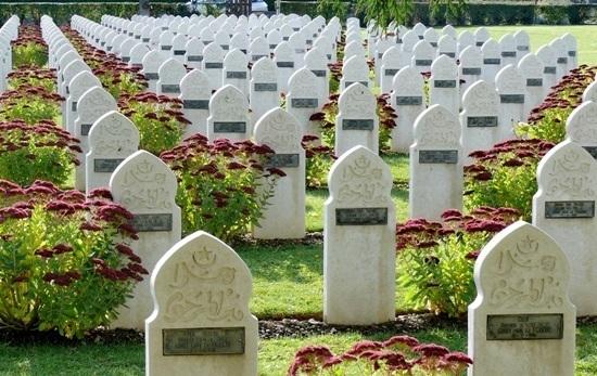Les rites funéraires islamiques en droit français : la conciliation par l'adaptation