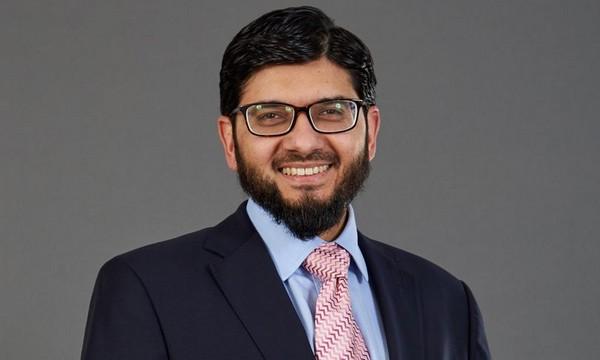 Définir l'islamophobie : le gouvernement britannique nomme un imam au poste d'expert indépendant