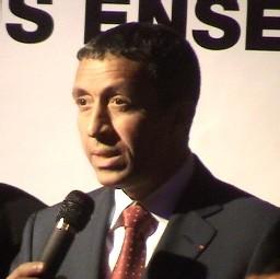 Azouz Bégag, ministre délégué à la promotion de l'Egalité des chances
