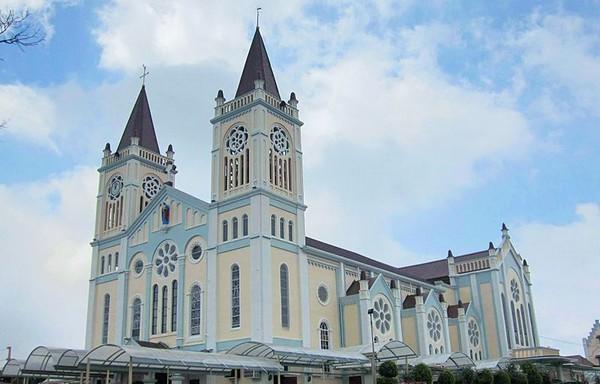 Philippines : les musulmans de Baguio en soutien aux catholiques face à une menace terroriste