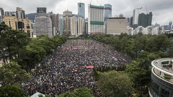 Hong Kong : une marée humaine pour la démocratie qui défie la Chine