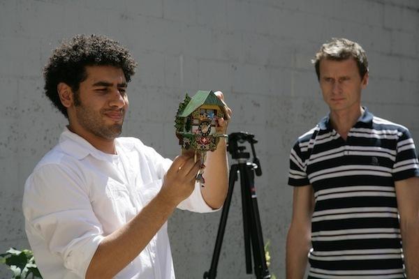 Omar Ghayatt et Yan Duyvendak dans « Made in Paradise », © duyvendak.com