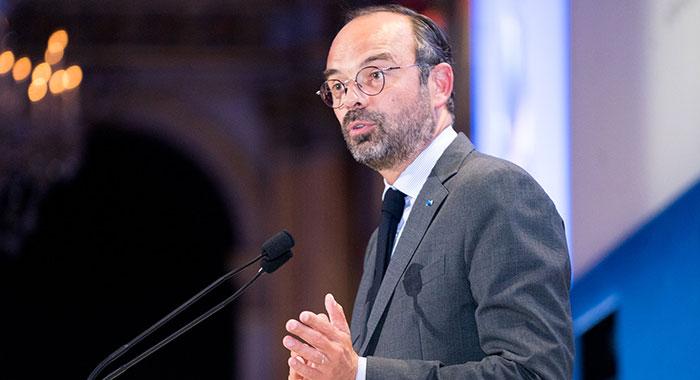 Sorties scolaires : le recadrage salutaire d'Edouard Philippe, qui refuse une loi d'interdiction du voile