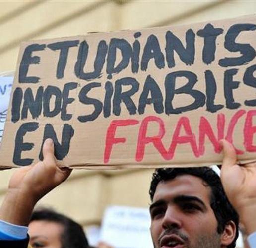 Etudiants étrangers : la circulaire modifiée ne convainc pas