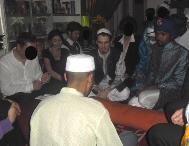 Ludovic et Qiyaam lors de leur mariage.