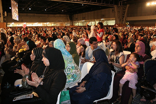 Al-Qaradawi et El-Masri interdits de territoire français ? L'après-Toulouse : l'UOIF sous le feu des critiques